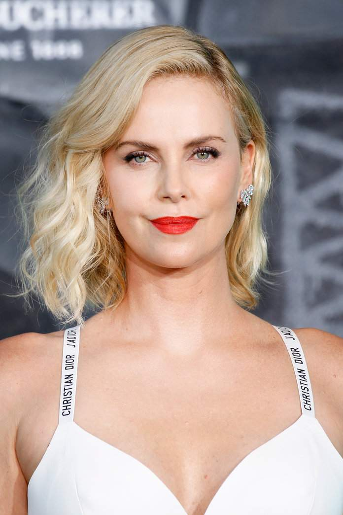 072417-charlize-theron.