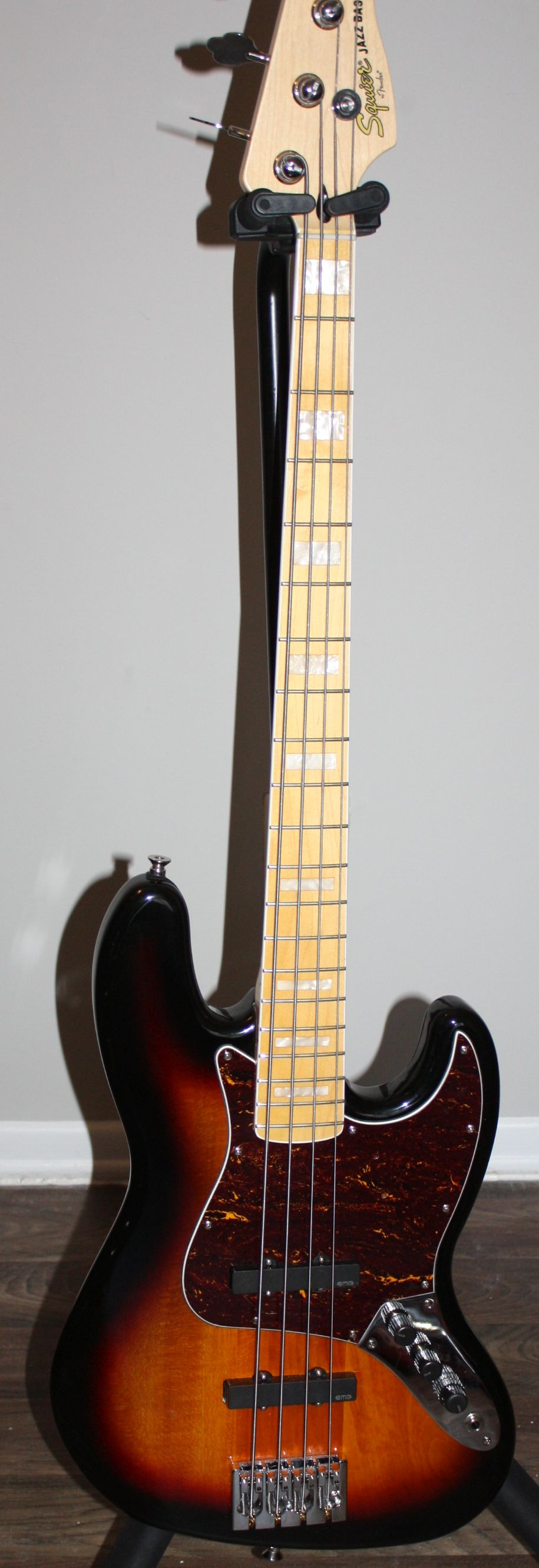 For Sale Squier Vintage Modified 77 Jazz Bass With Emg J Pickups And Hipshot A Style Bridge Talkbass Com