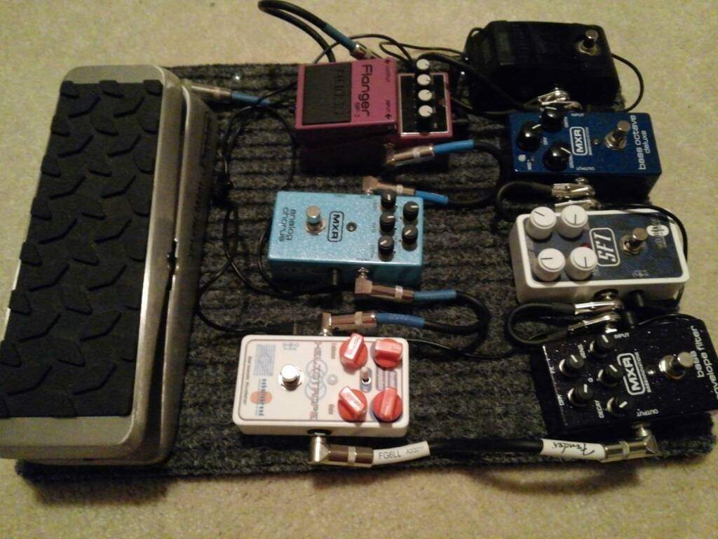 worship bass pedalboards page 22. Black Bedroom Furniture Sets. Home Design Ideas