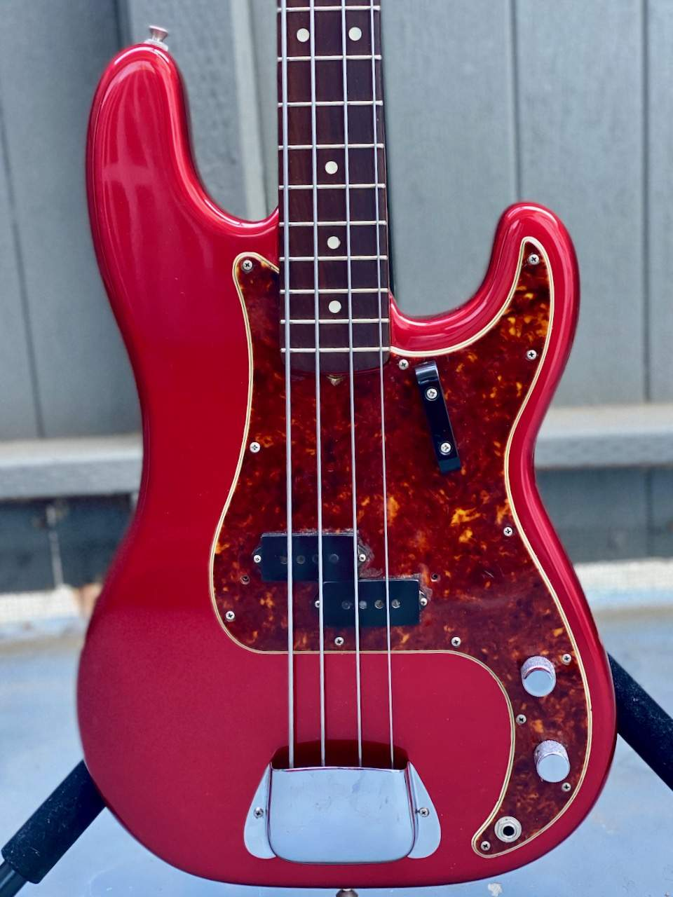1965 Fender Precision Candy Apple Red - 10.jpeg