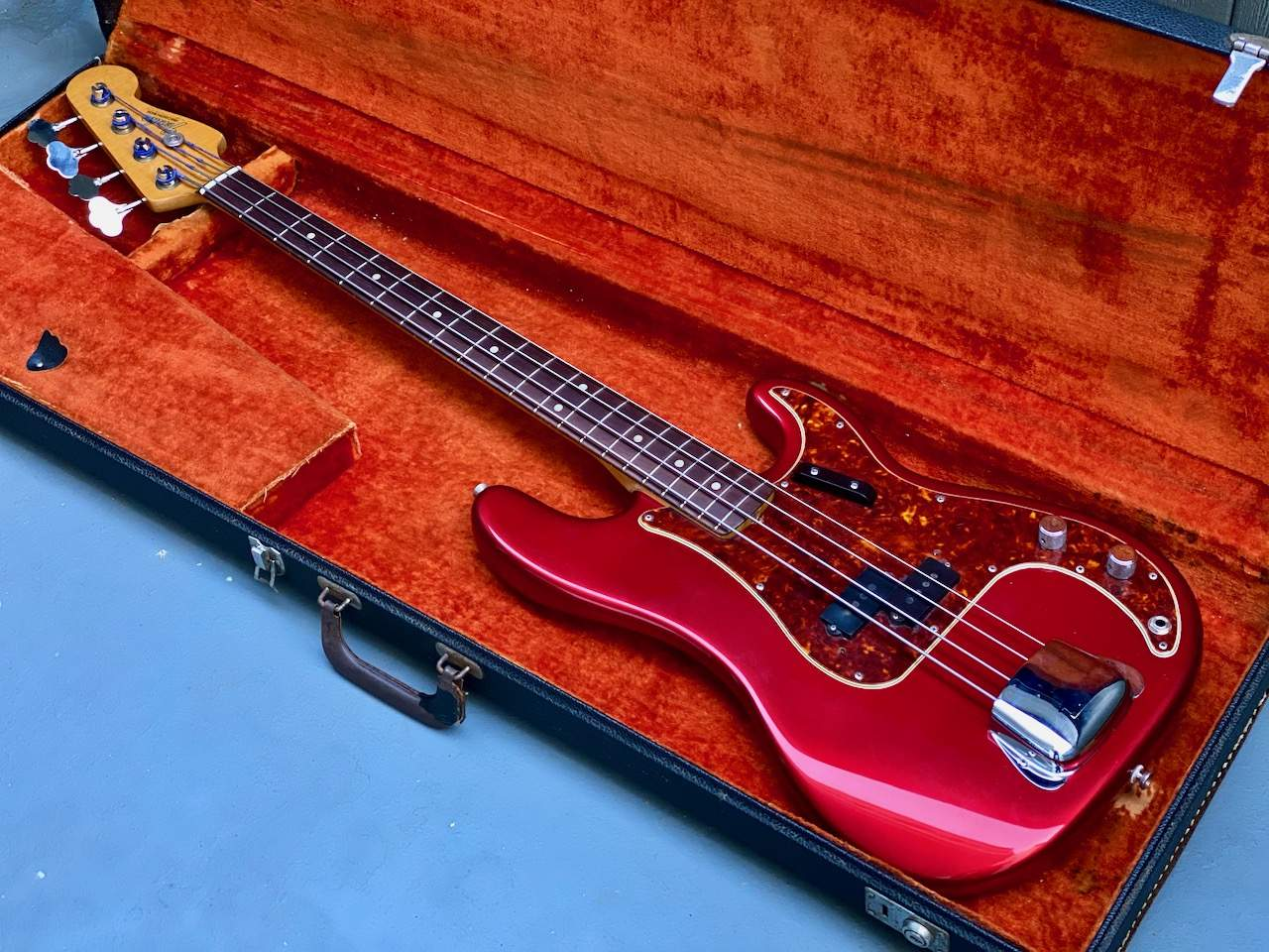 1965 Fender Precision Candy Apple Red - 13.jpeg