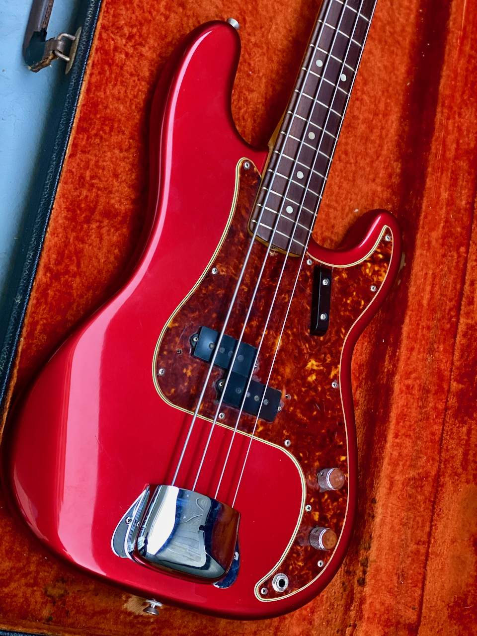 1965 Fender Precision Candy Apple Red - 14.jpeg