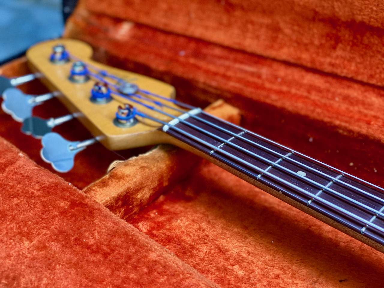1965 Fender Precision Candy Apple Red - 18.jpeg