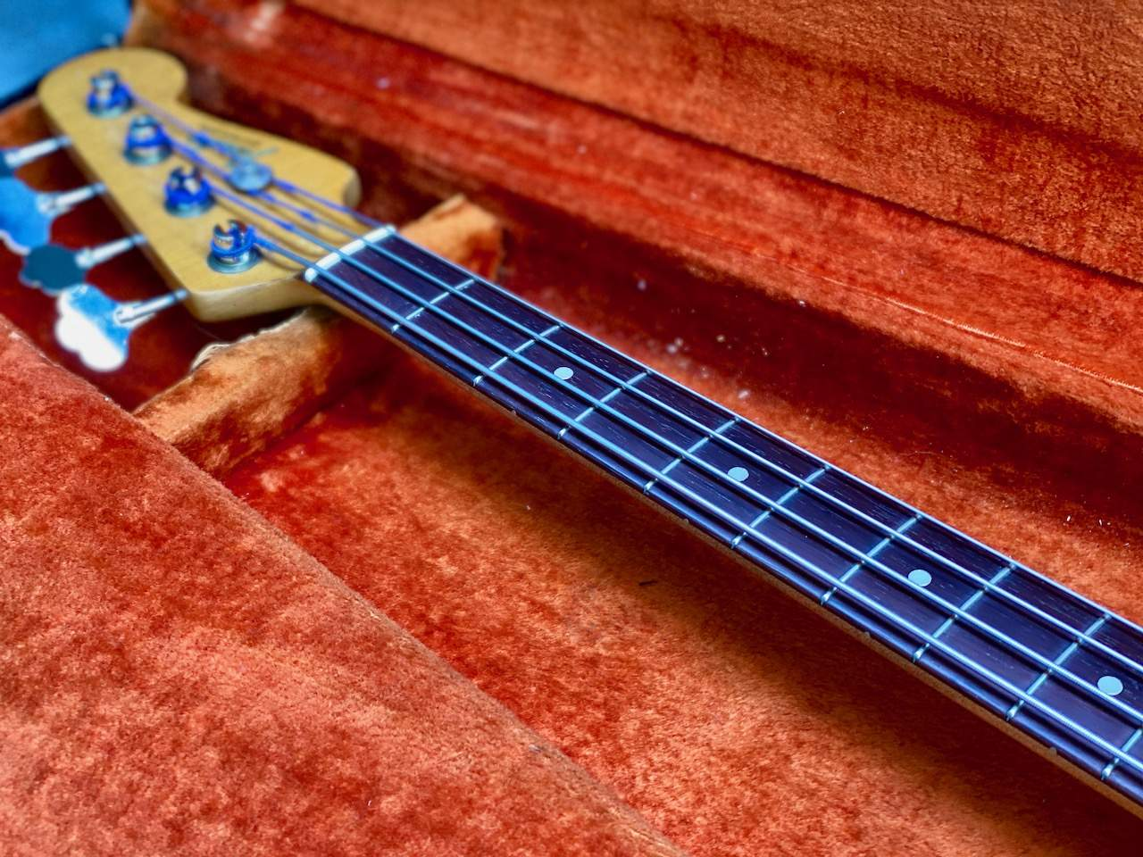 1965 Fender Precision Candy Apple Red - 19.jpeg