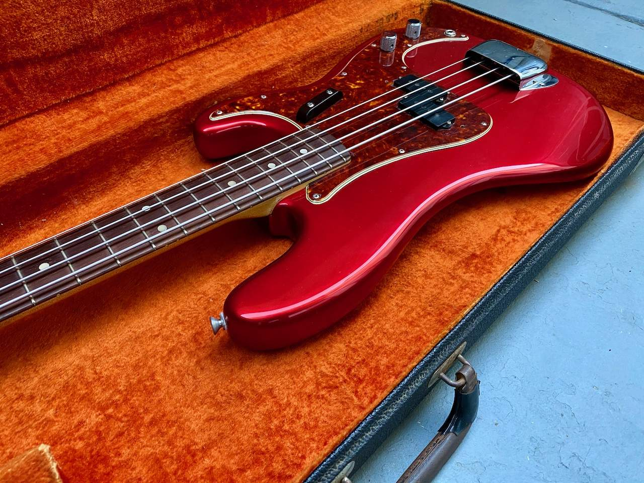 1965 Fender Precision Candy Apple Red - 27.jpeg