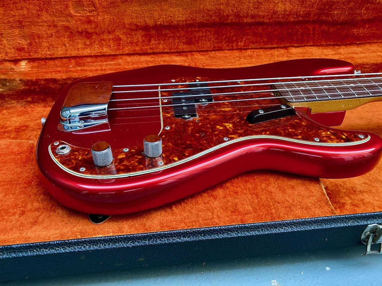 1965 Fender Precision Candy Apple Red - 39.jpeg