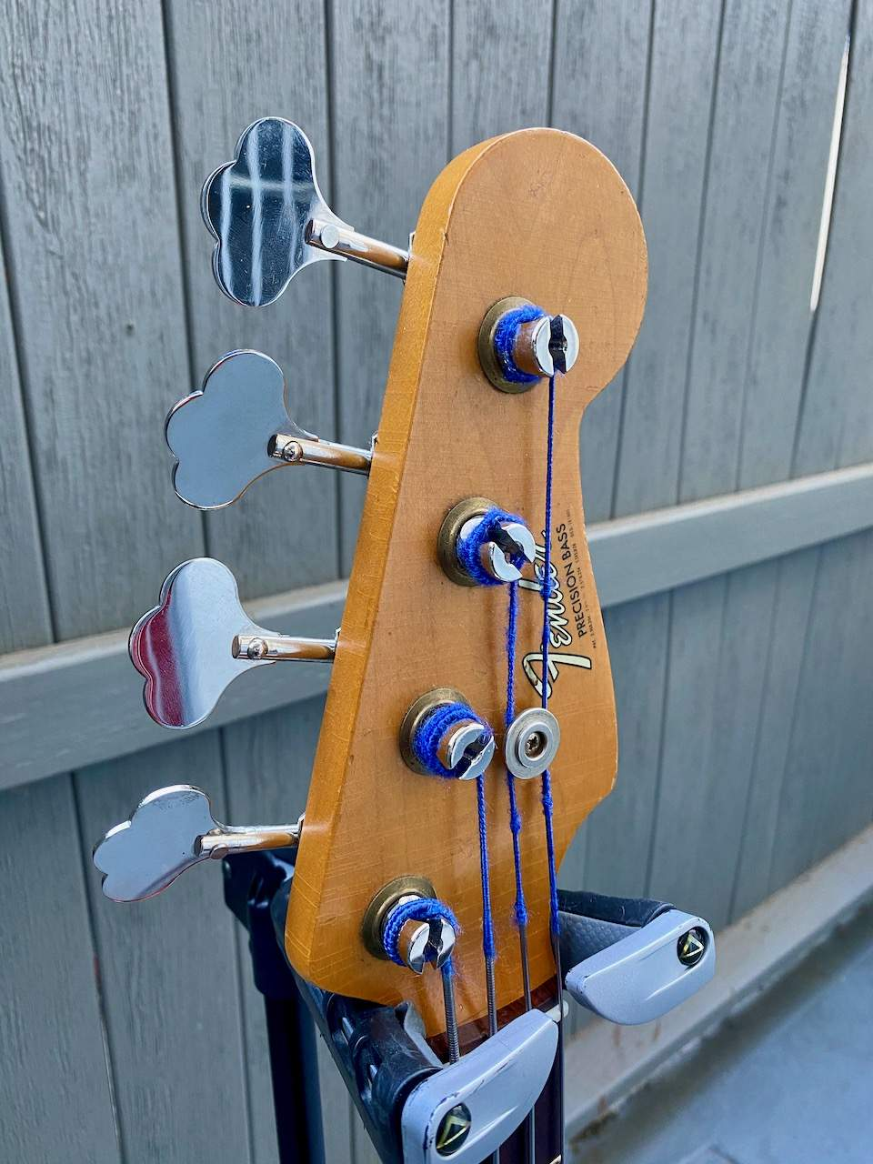 1965 Fender Precision Candy Apple Red - 4.jpeg