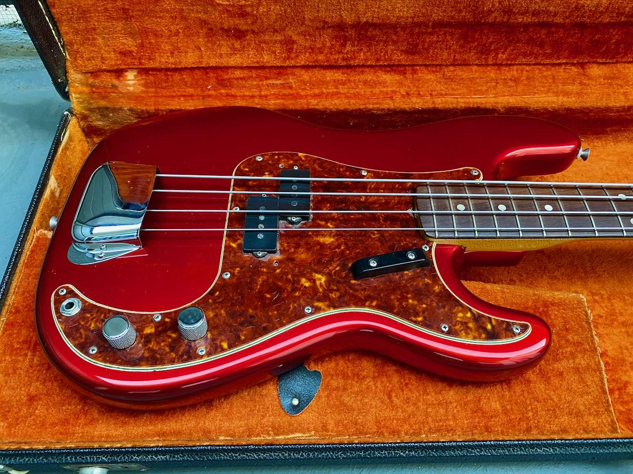 1965 Fender Precision Candy Apple Red - 41.jpeg