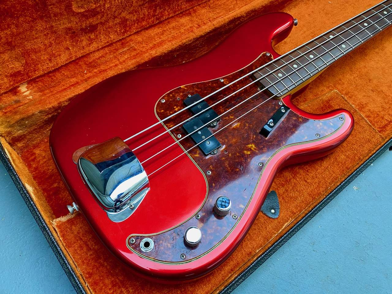 1965 Fender Precision Candy Apple Red - 43.jpeg
