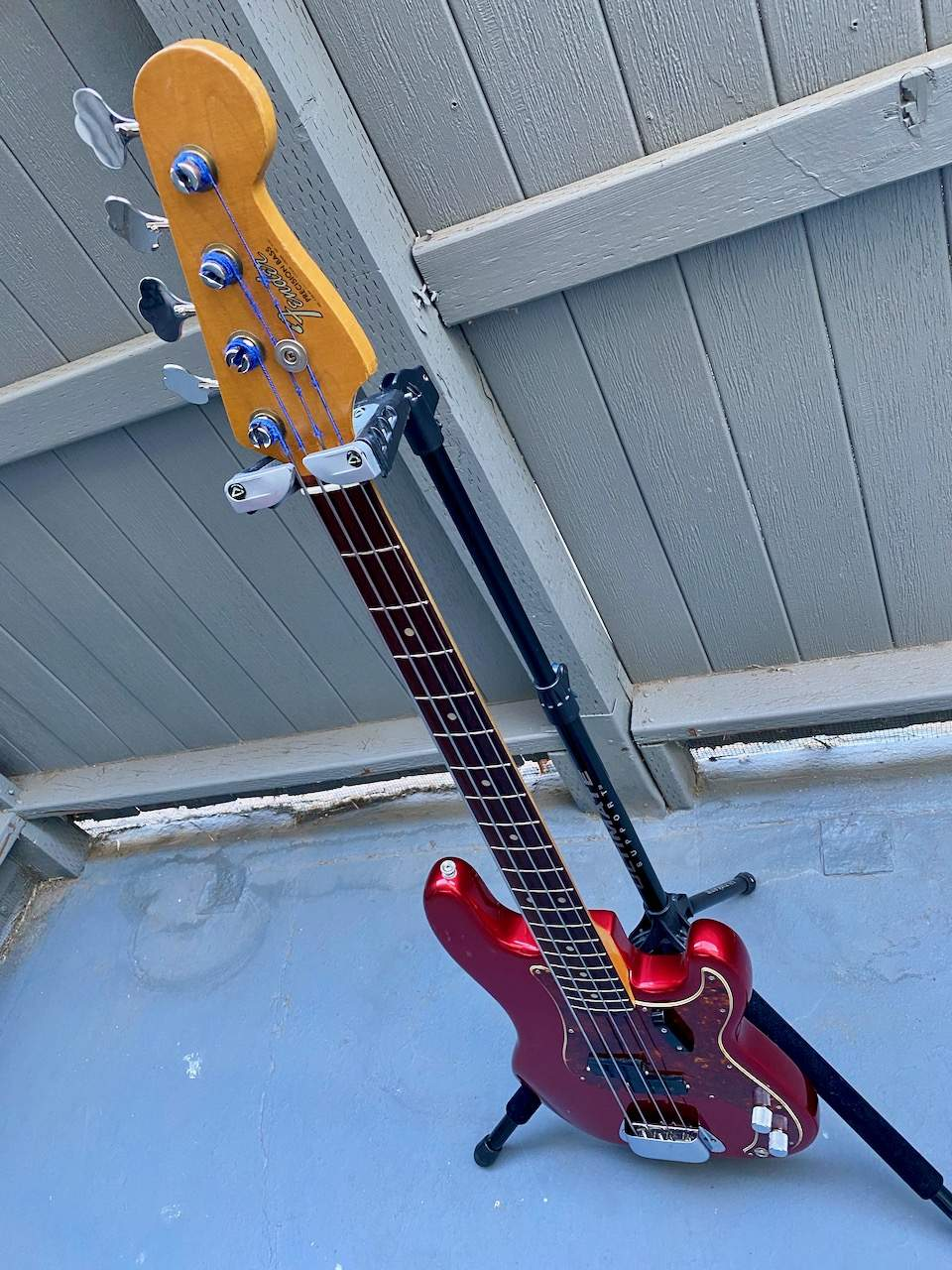 1965 Fender Precision Candy Apple Red - 7.jpeg