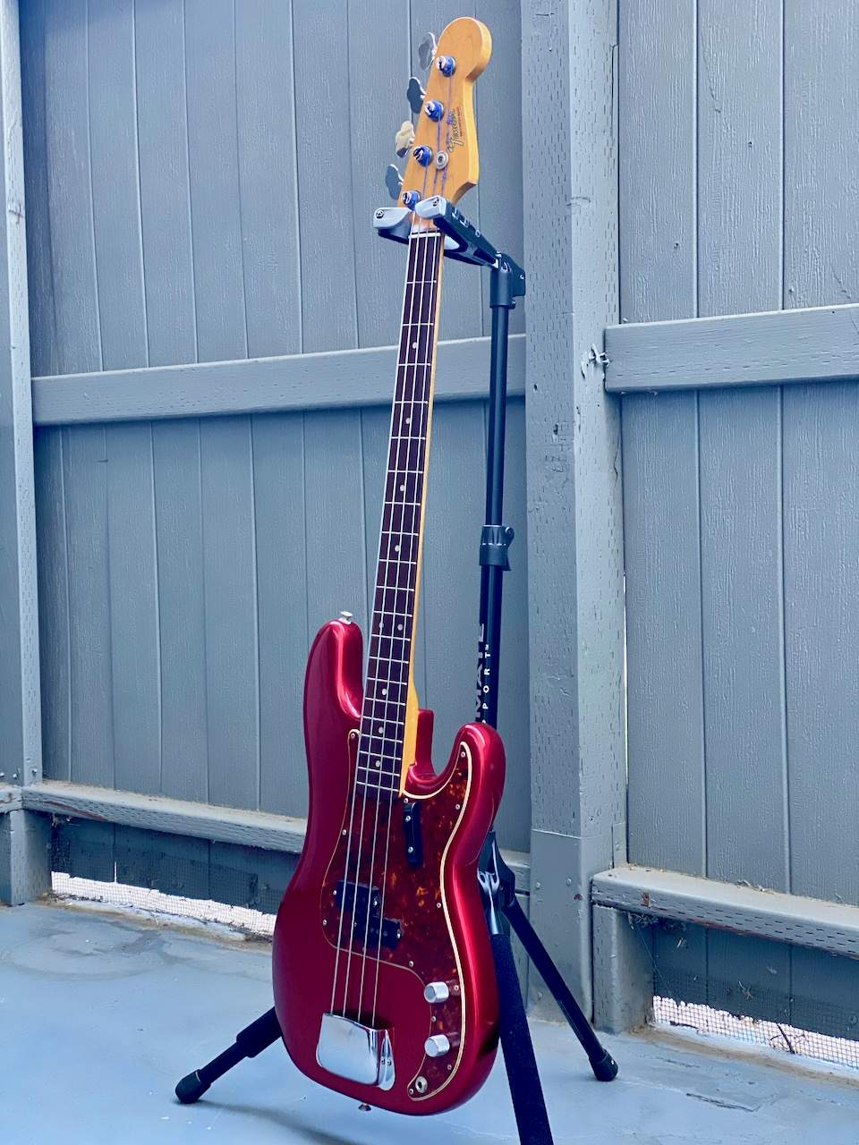 1965 Fender Precision Candy Apple Red - 8.jpeg