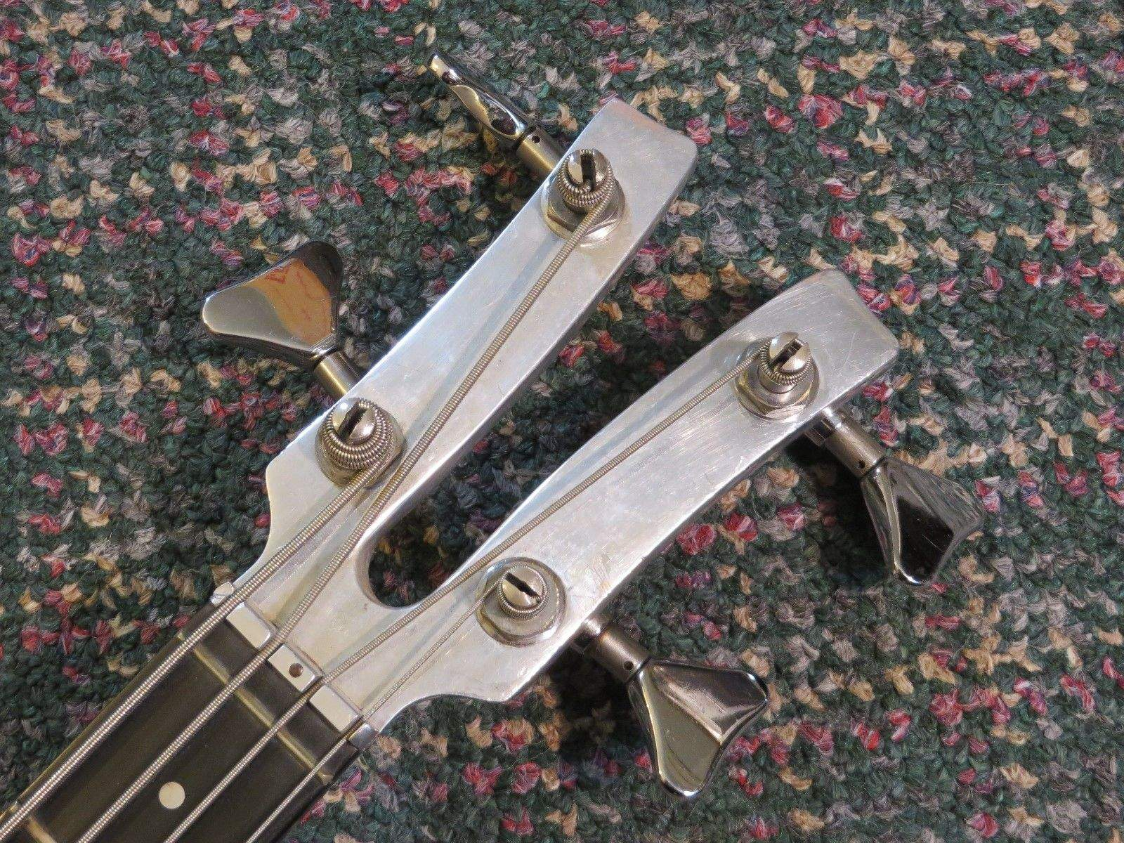 bass guitar headstock 39 s what 39 s your favorite looking headstock page 3. Black Bedroom Furniture Sets. Home Design Ideas