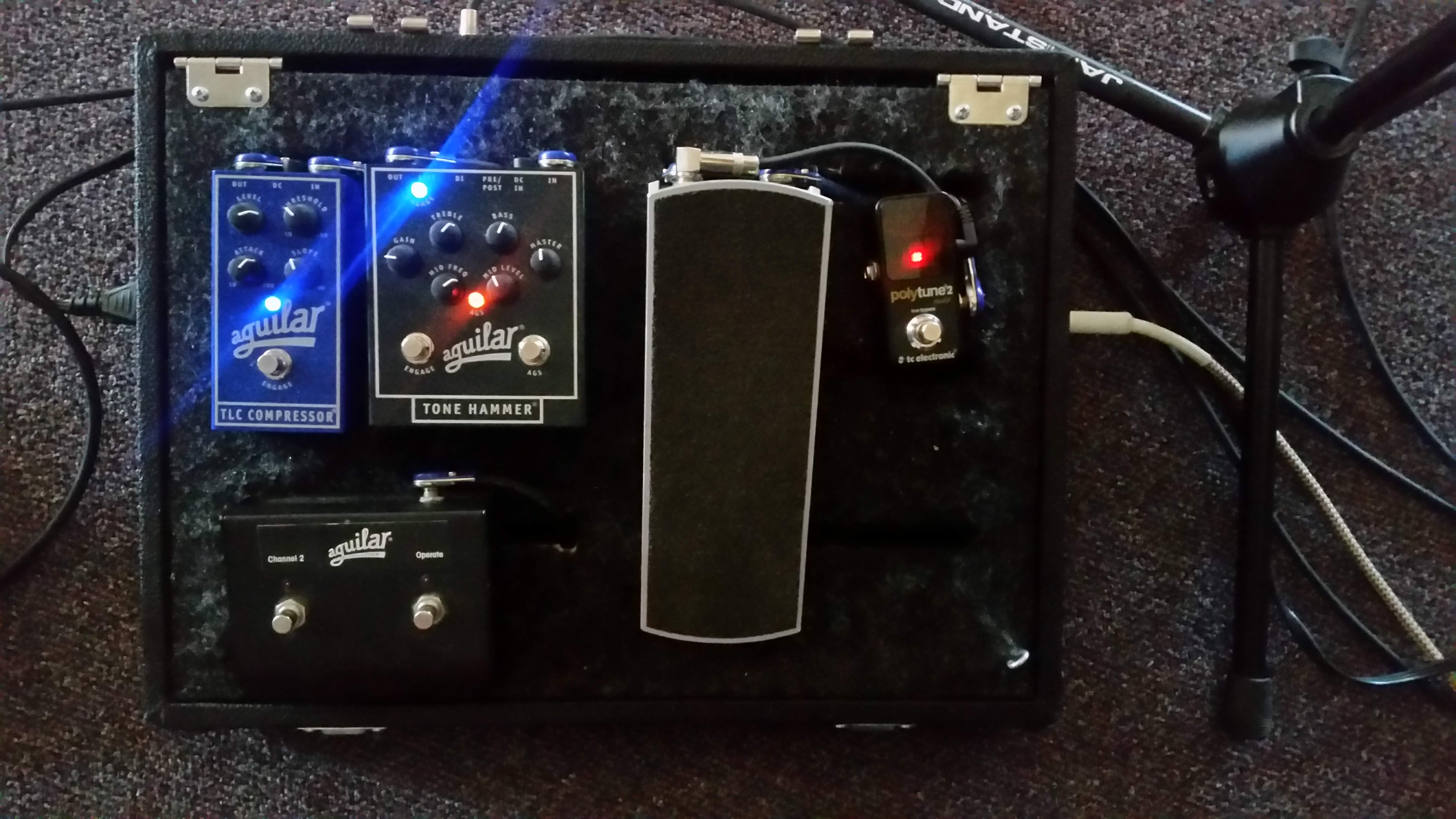 worship bass pedalboards page 44. Black Bedroom Furniture Sets. Home Design Ideas