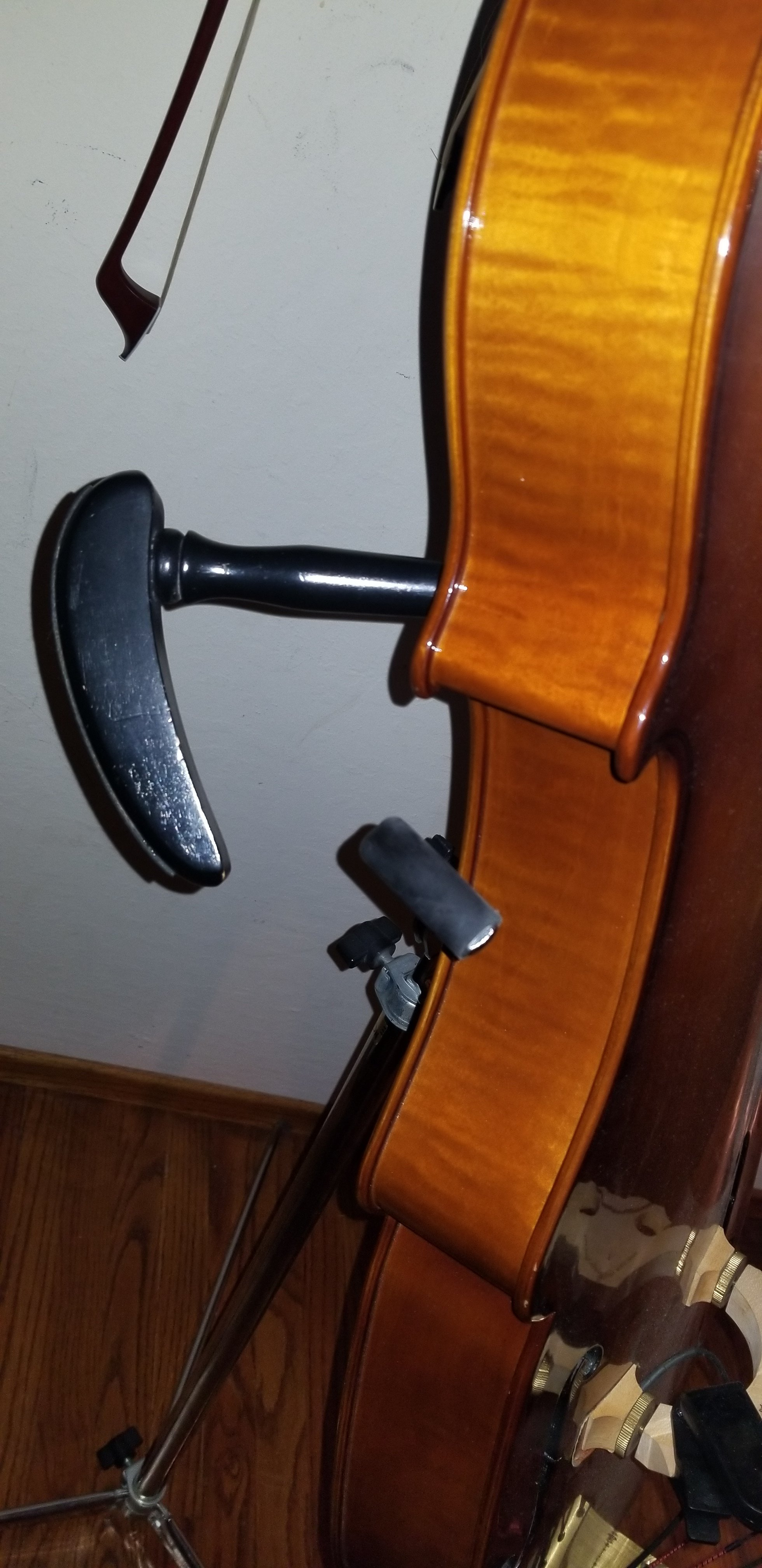 eminence acoustic electric upright bass and microcube amp. Black Bedroom Furniture Sets. Home Design Ideas