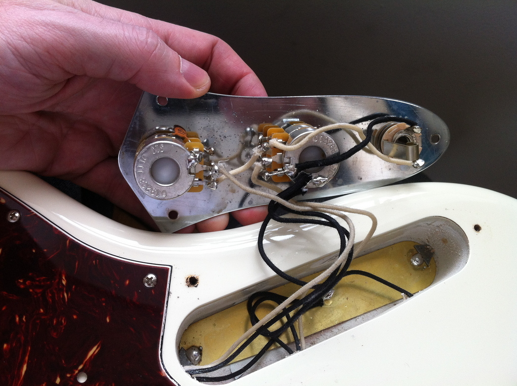 Fender jazz deluxe wiring diagram wiring solutions fender jazz bass deluxe wiring diagram solutions asfbconference2016 Gallery
