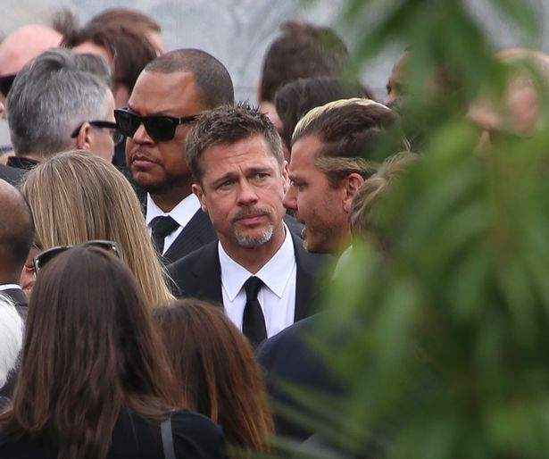 Attendees-at-Chris-Cornells-Funeral-at-Hollywood-Forever-in-Los-Angeles.