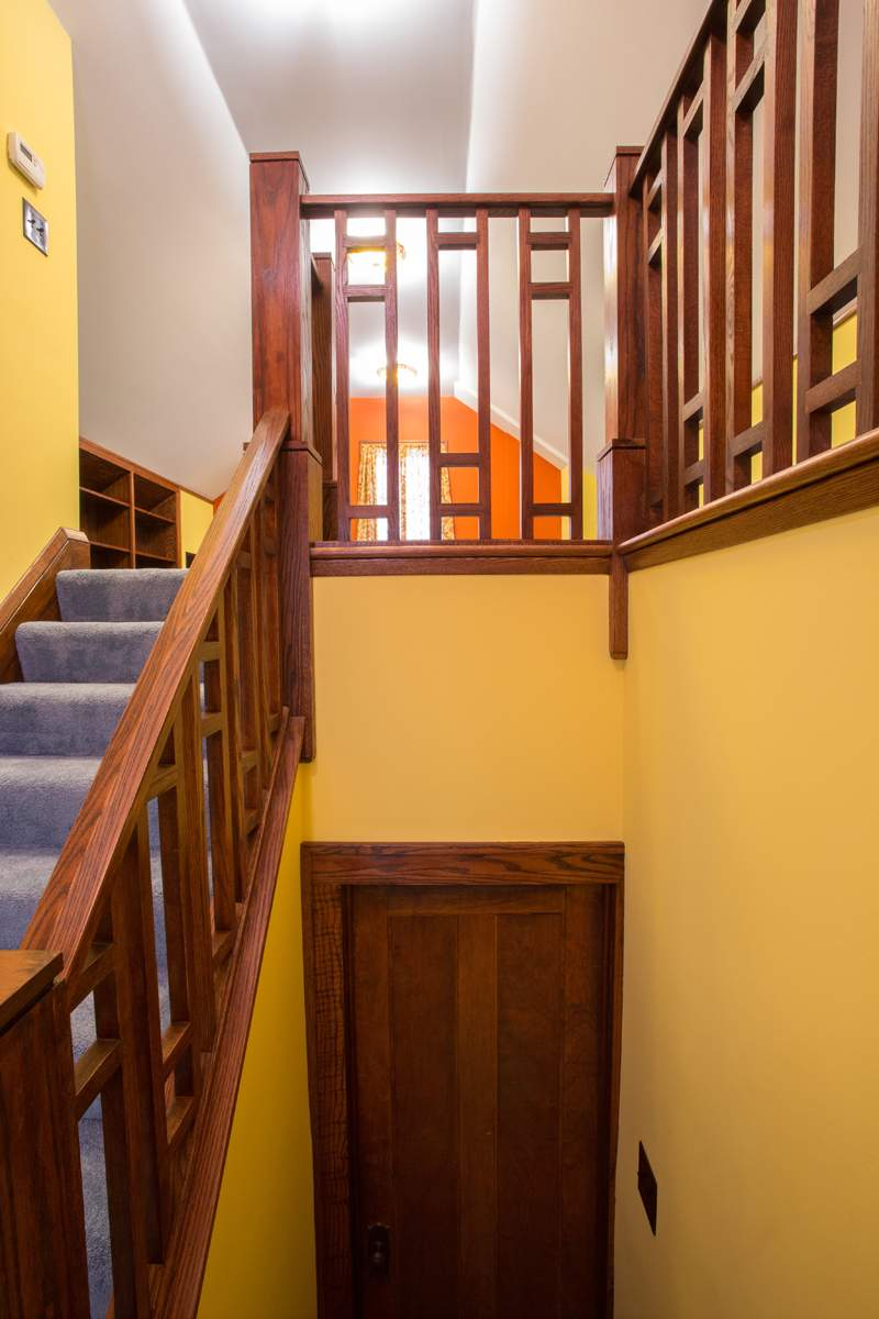 Attic-Staircase-From-Landing-1200_0690.