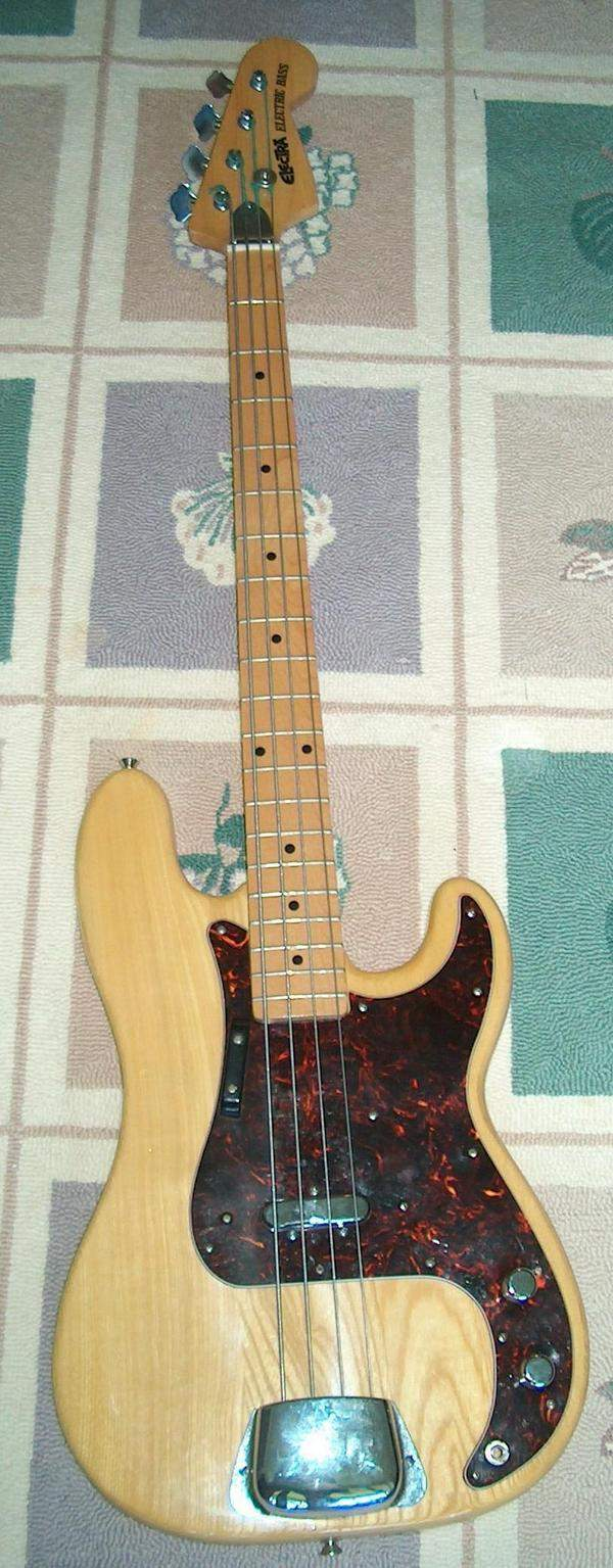 blonde-pbass-electricbass-1.