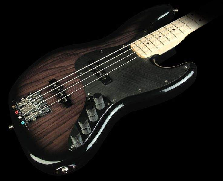 cfd71ecfc3e591a6c7a01c55e191fd8d--fender-custom-shop-bass-guitars.