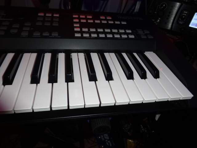 No longer available - Yamaha MOXF6 expanded & FREE McMillen 12 step