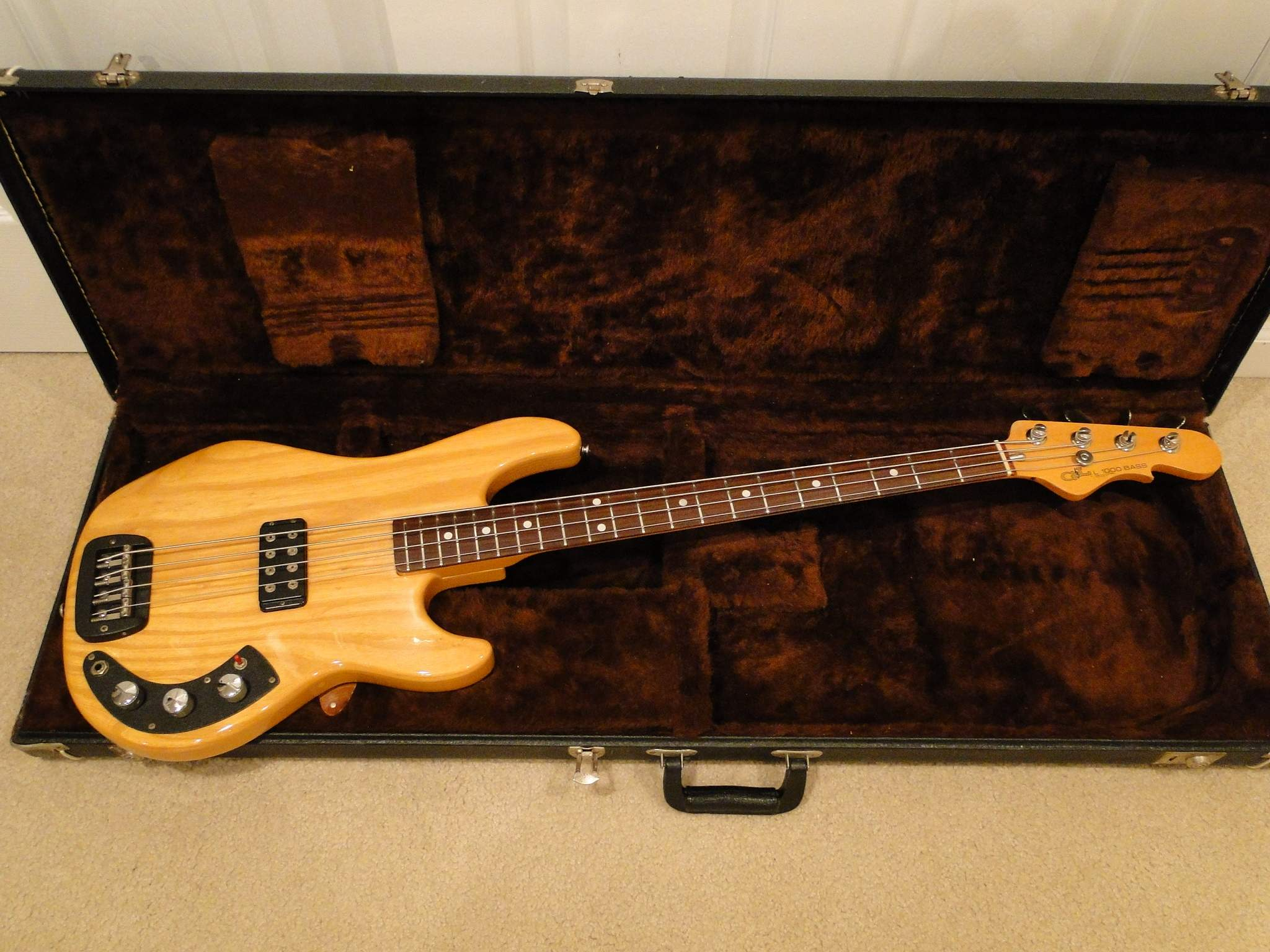 new bass day g l l1000 1984 now have sb 2 questions. Black Bedroom Furniture Sets. Home Design Ideas