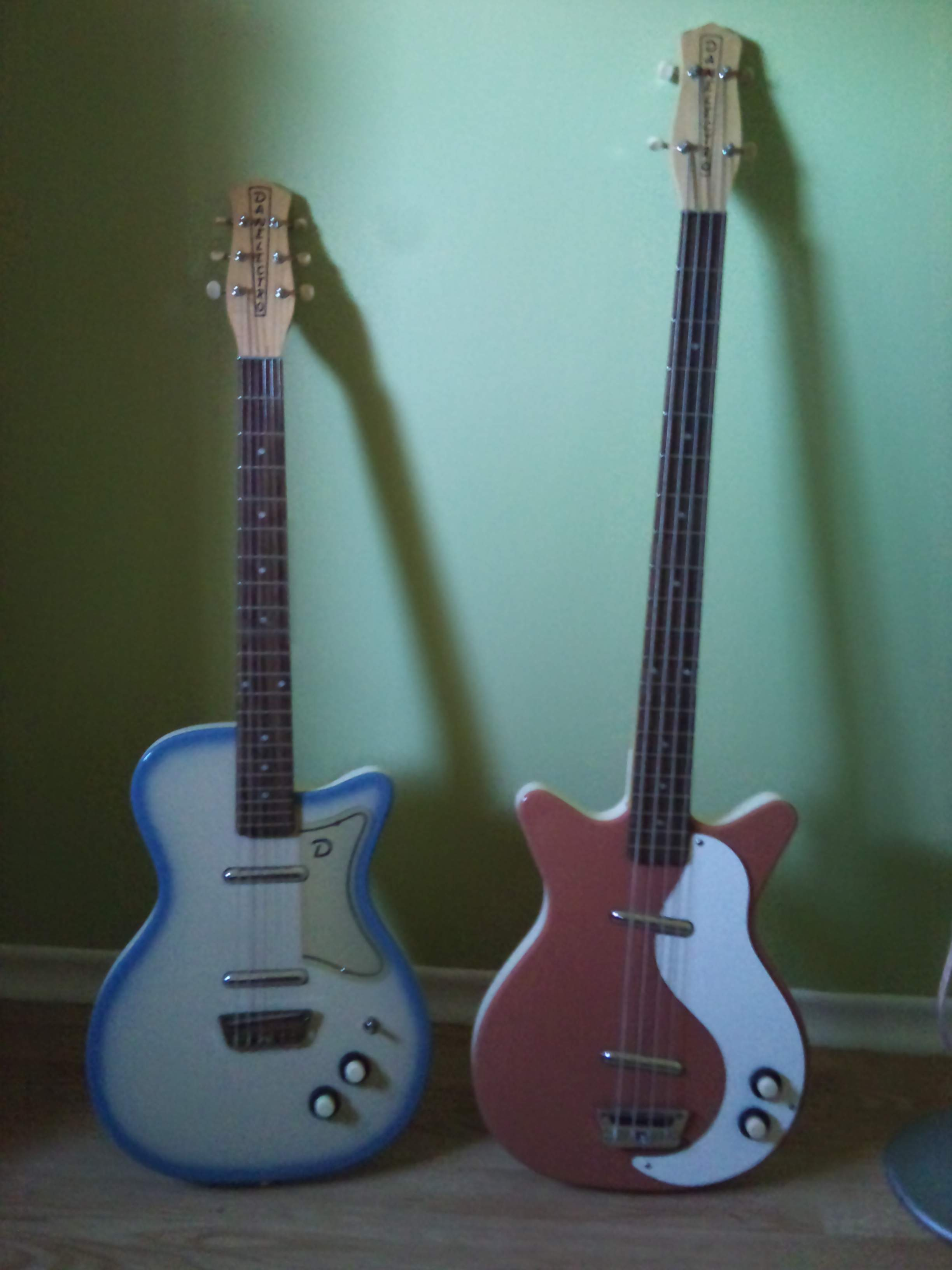 Danelectro Rumor Bass that I wished they had made because ...