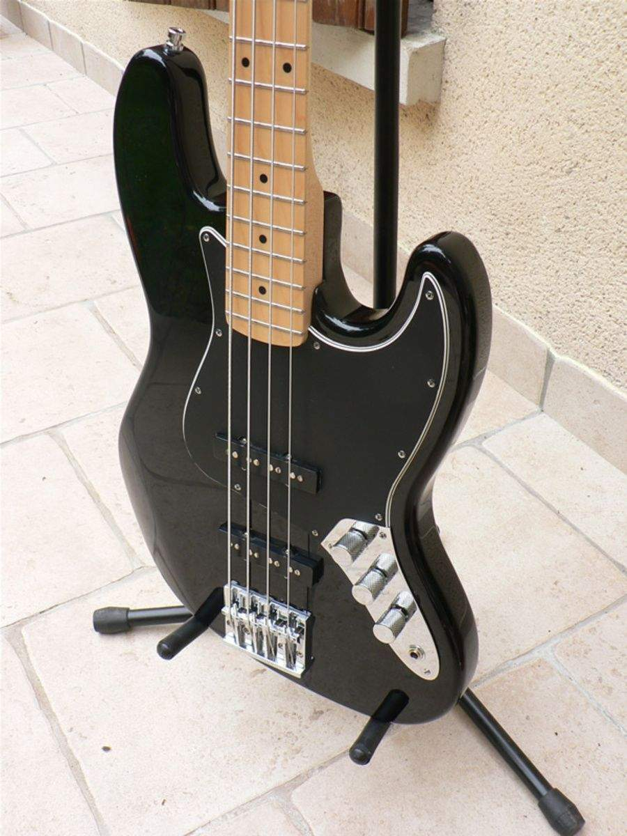 fender-standard-jazz-bass-2006-2008-33421.