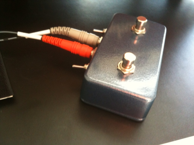 Momentary Switch w/o built in cable | TalkBass.comTalkBass.com