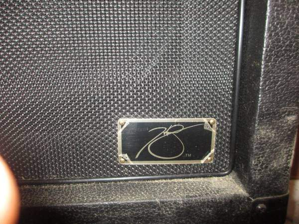 fVintage_Hartley_Peavey_Signature_4x12_Gu_5a2495555900a.