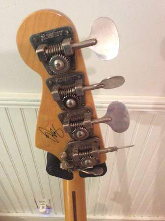 Geddy headstock rear.
