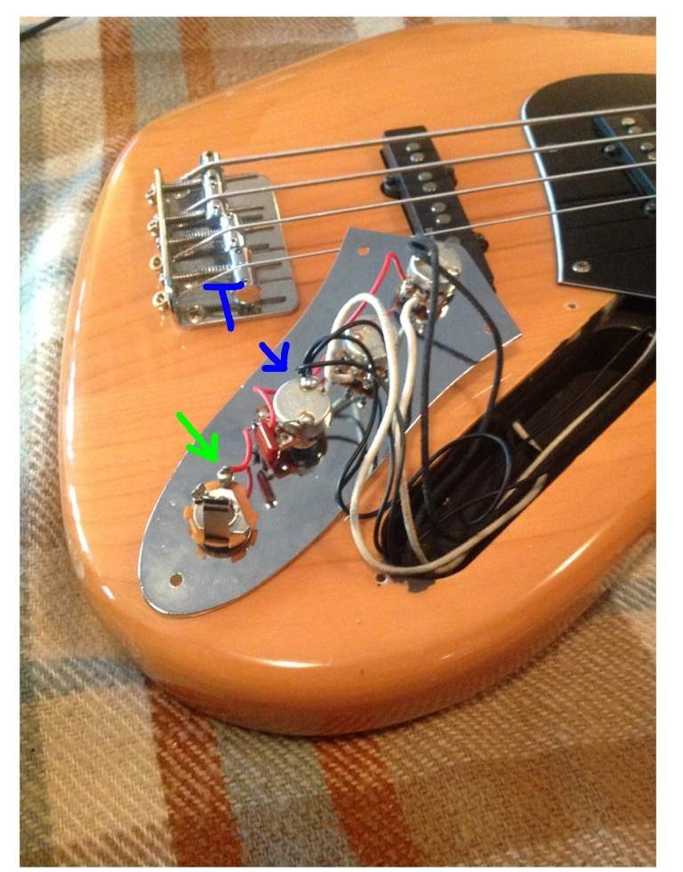 Squier vintage modified jazz bass wiring question talkbass imageg swarovskicordoba Image collections