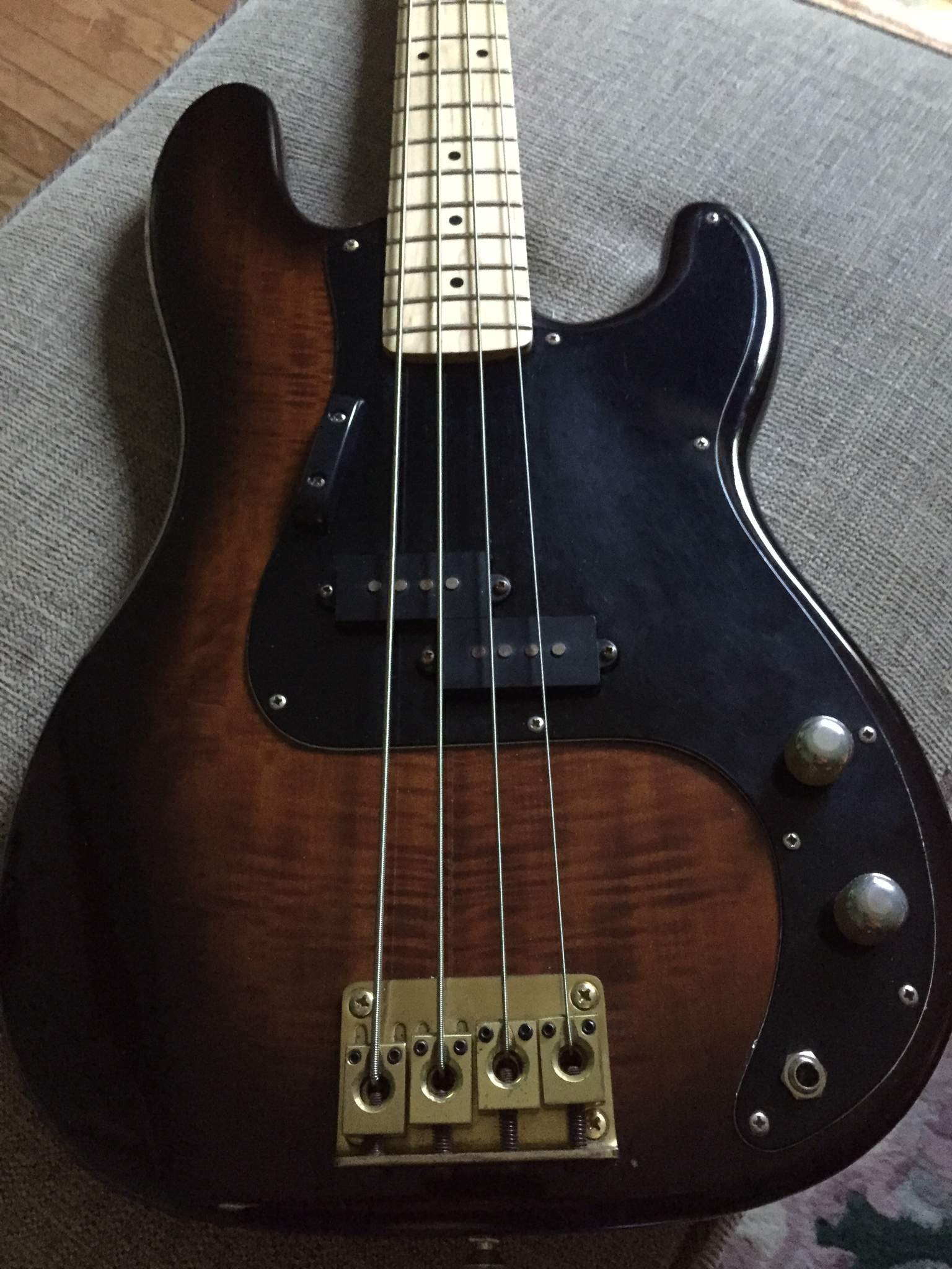 For Sale - Hondo Fame Series Precision style bass, Upgraded pots ...