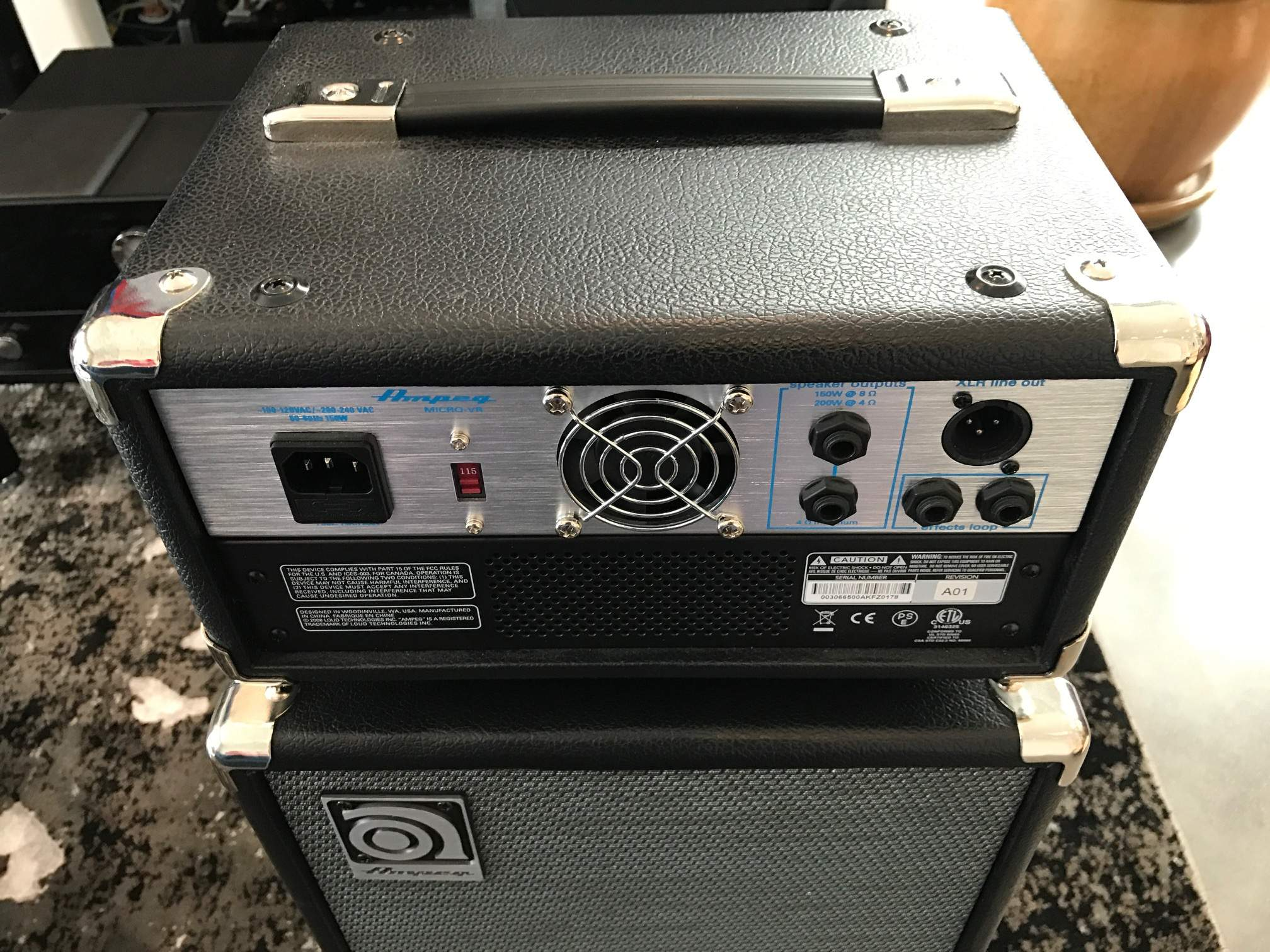 for sale ampeg svt micro vr head has issues. Black Bedroom Furniture Sets. Home Design Ideas