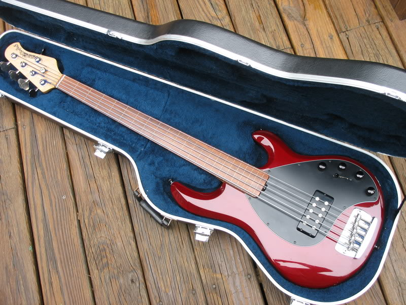 sold musicman stingray 5 fretless. Black Bedroom Furniture Sets. Home Design Ideas