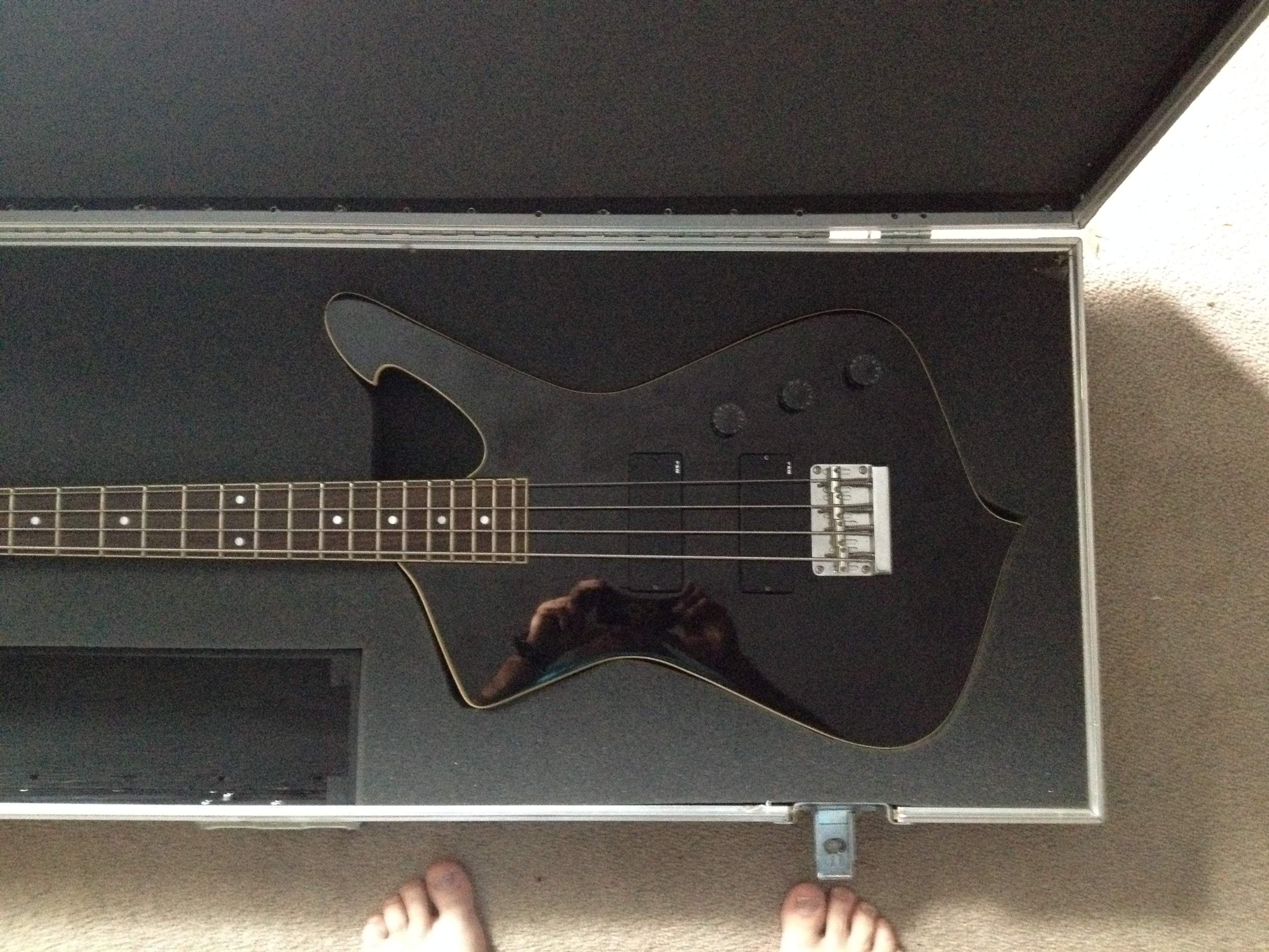 For Sale - Ibanez Iceman bass with GRIZZLEY ATA Flight case ...