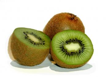 kiwi_fruit_1_by_annette.jpg