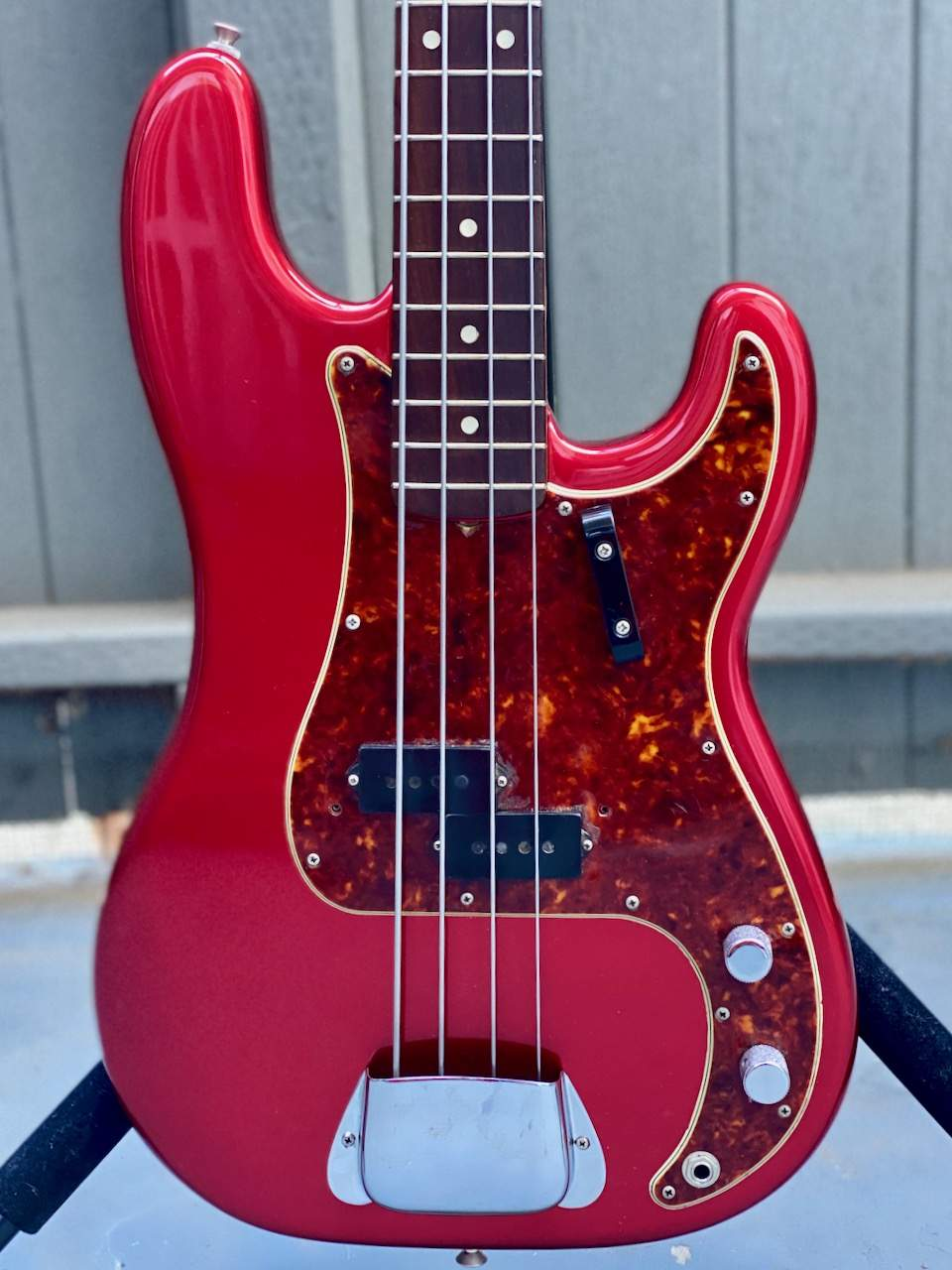 MAIN 1965 Fender Precision Candy Apple Red - 1.jpeg