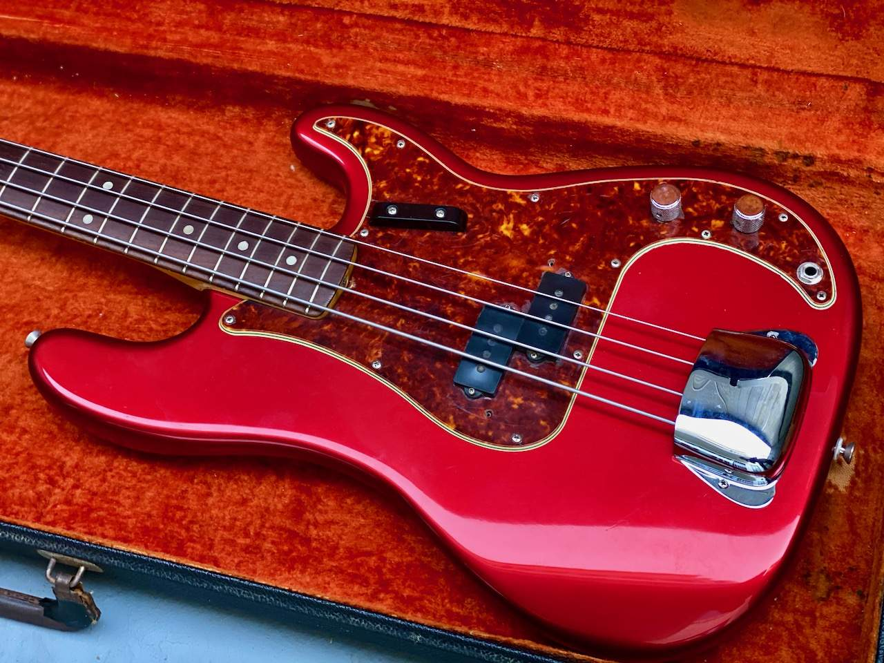 MAIN 2 1965 Fender Precision Candy Apple Red - 1.jpeg