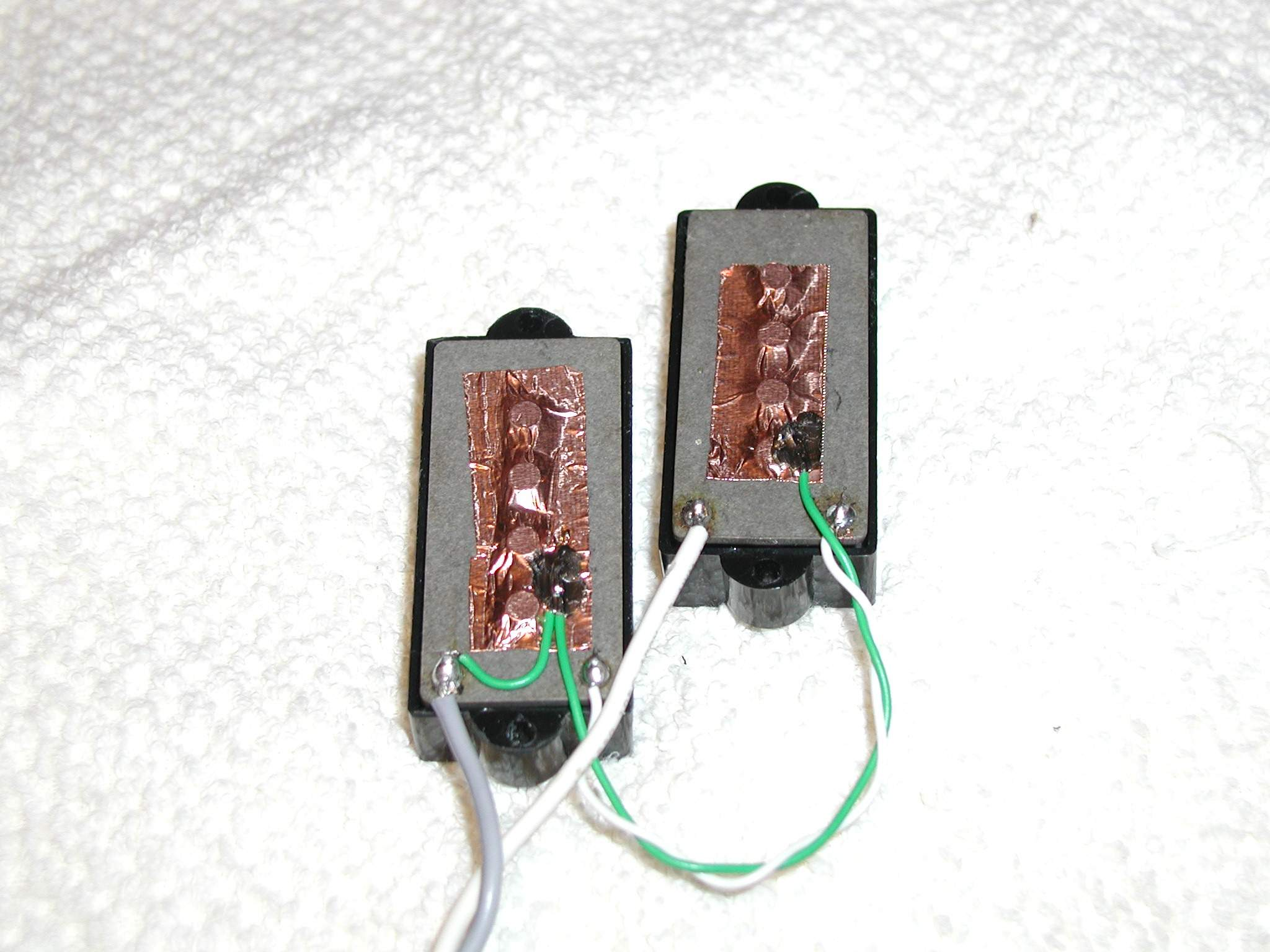 Guitar Pickup Wiring Noise Buzzing From A P Bass Magnet P1010041