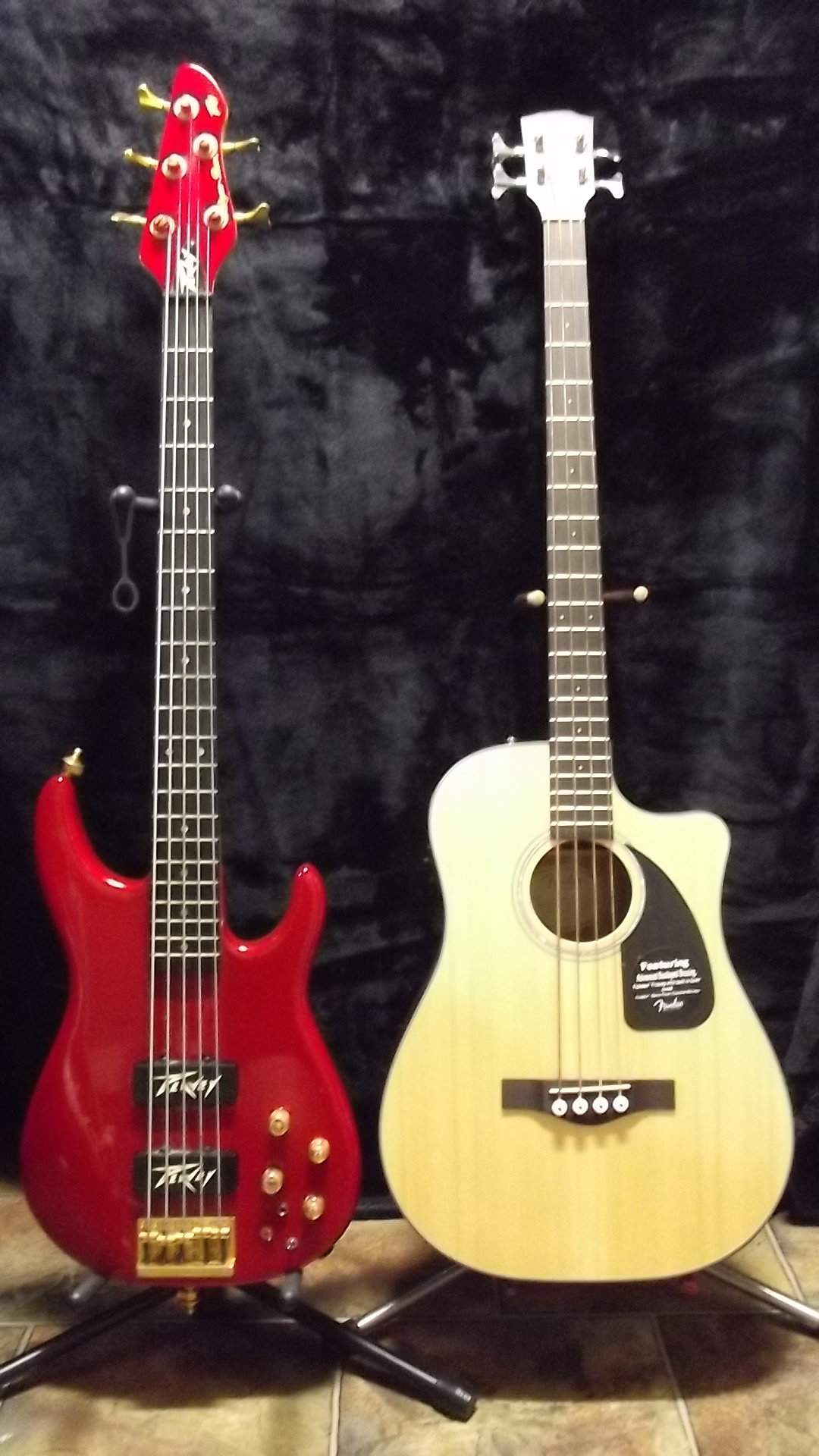 Peavey DynaBass and Fender Acoustic 2.JPG