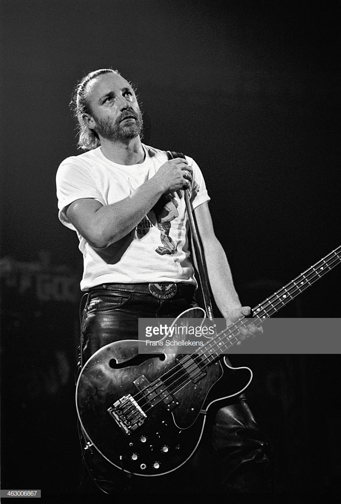 peter-hook-bass-performs-with-revenge-at-the-paradiso-in-amsterdam-picture-id463006867.
