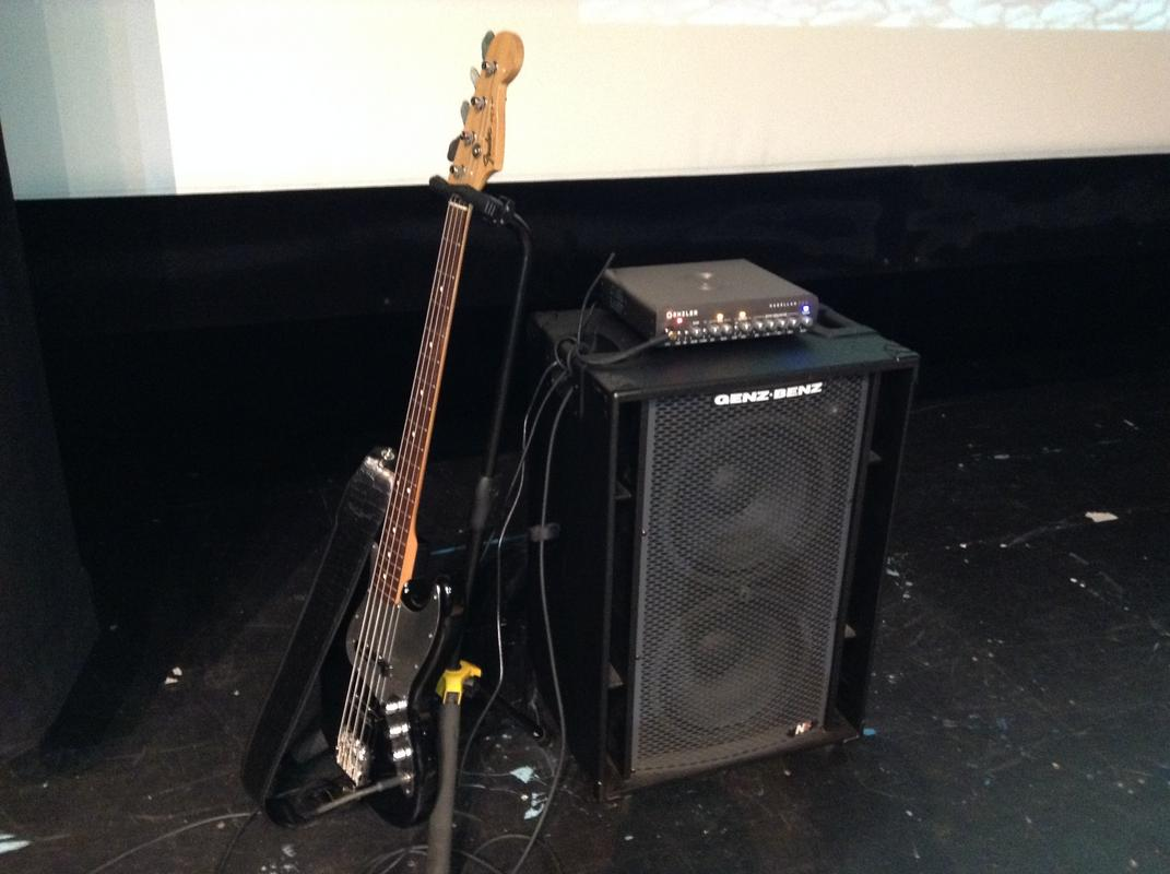 Rig-on-stage.