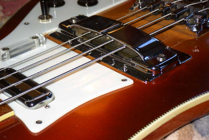Rickenbacker sues Jason Lollar over horseshoe pickup design