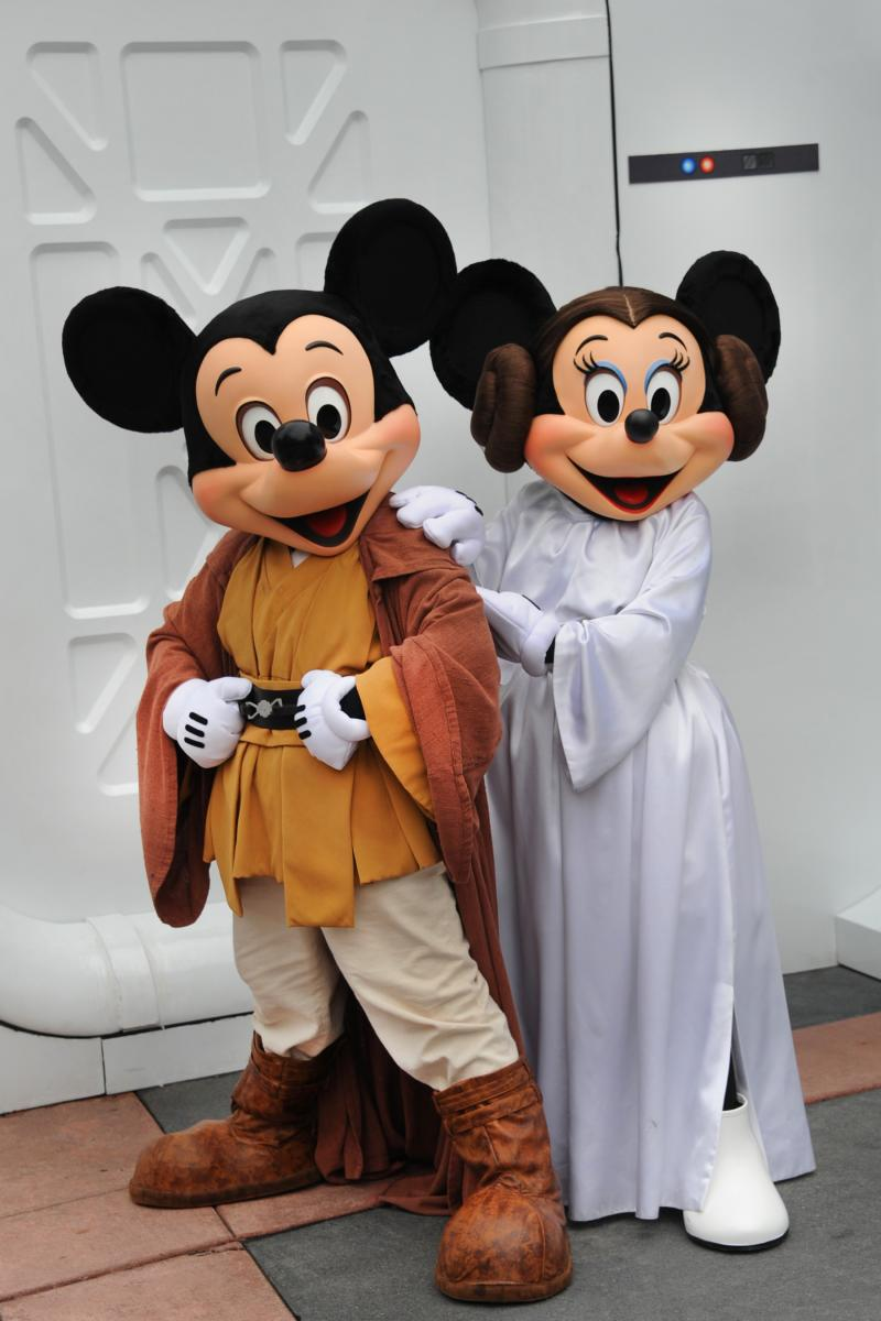 Star%20Wars%20Weekend%202013%20mickey%20minnie_0.jpg