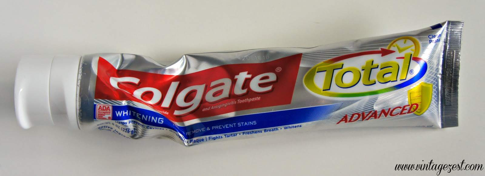Tip - How to Squeeze Toothpaste 3.jpg