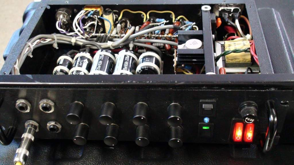 Amp Guts Photos - Official Thread - Lets see those pics