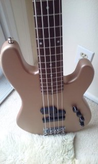 G On Bass