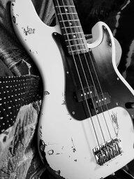 bassplayertom77