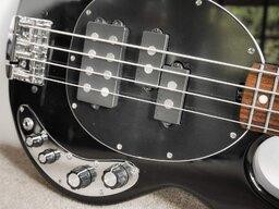 Fender32