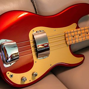 Candy Apple Red Precision Bass Build